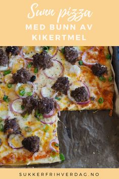 En herlig helgepizza med bunn av kikertmel fra Sukkerfri Hverdag | Sunn middag | Lavkarbo oppskrifter | Hverdagsinspirasjon | Oppskrift pizza | Oppskrift sommer | Sommermat Lchf, Keto, Fabulous Foods, Protein, Food And Drink, Pizza, Low Carb, Recipes, Summer