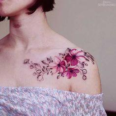 . Zeitlose florale Motivwelten aus der Ukraine, für anspruchsvolle Tattoofans Die unglaublich talentierte Künstlerin Diana Severinenko arbeitet in Kiew, Ukraine. Mit filigranen Linien und feinen Mustern erschafft sie wundervolle florale Tattoomotive. Zwar sind Blumen-Tattoos inzwischen sowohl für…