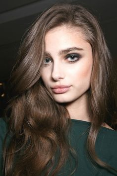 weezyns:  yvesuz:  runwayandbeauty:  Taylor Marie Hill - Beauty at Alexandre Vauthier Spring 2015, Haute Couture.   .  ✨