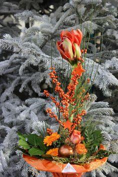 Weihnachtssträuße in allen Größen - klein, groß, breit, schmal, lang, kurz,...