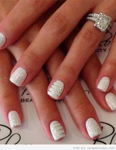 white nails with a touch of glitter on top and white ones with silver stripes to. white nails with White And Silver Nails, White Nail Art, Metallic Nails, Glitter Gel, White Glitter, White Sparkle Nails, Glitter Manicure, Wedding Manicure, Wedding Nails Design