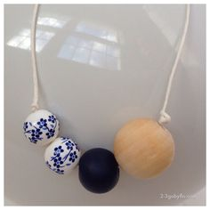 Necklace paper string Wood bead