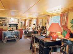 Afloat in France: the sumptuous interior of an all inclusive luxury barge with Le Boat #bucketlist #interiordesign