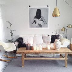 Vi digger kombinasjonen av nordisk renhet og lamper i gull hjemme hos @cecz2