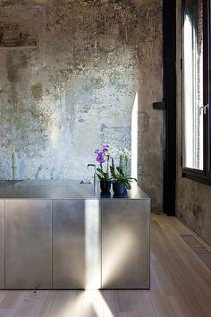 Home Interior Design .Home Interior Design Contemporary Kitchen Design, Interior Design Kitchen, Modern Interior Design, Kitchen Decor, Interior Decorating, Kitchen Ideas, Diy Kitchen, Coastal Interior, Brass Kitchen