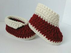 Check out this item in my Etsy shop https://www.etsy.com/listing/495716695/navajo-moccasin-baby-booties-crochet