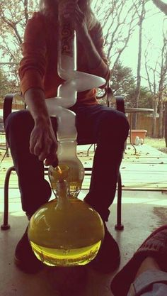 Buy water bongs and glass pipes in online smoke shop! Hand blown water bongs, glass pipes, bubblers, chillums, one hitters. Glass Pipes And Bongs, Glass Bongs, Weed Bong, Cool Bongs, Puff And Pass, Stoner Girl, Smoking Weed, Girl Smoking, Water Pipes