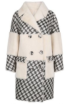 Пальто из овчины Virtuale Fur Collection Овчина Fur Fashion, Winter Fashion, Fashion Outfits, Short Leather Jacket, Mode Kimono, Trench Coat Outfit, Coats For Women, Clothes For Women, Couture Dresses