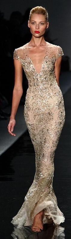 White and Gold Wedding. Gold Bridesmaid Dress. Elegant and Glamorous. Reem Acra