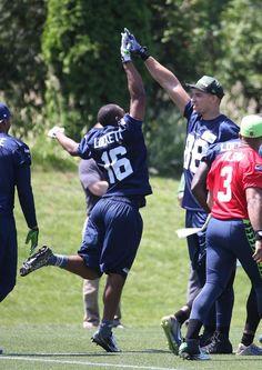High five! #16 Lockett #88 Graham