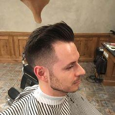 Fresh fade  #barber #barberlife #barbershop #prague #connection #bratislava #czechrepublic #fade #freshcut #pomade #reuzel #reuzelpomade #class