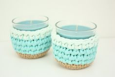 SET OF 2 Little Candles with Crochet Covers di LovePastels  www.etsy.com/shop/LovePastels