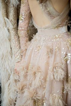 Gold flecked blush detail for the big day?  Definitely! . | image via: Vogue