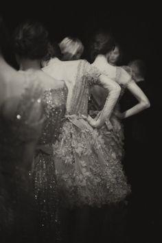 Ellie Saab show in Paris.i love Ellie Saab - always beautiful designs Ellie Saab, Elie Saab Couture, Julia Saner, Glamour, Mode Inspiration, Writing Inspiration, Fashion Inspiration, Mode Style, Beautiful Dresses