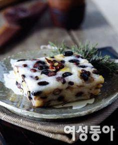 세상에서 가장 쉬운 떡 만들기 Korean Sweets, Korean Dessert, Korean Food, Korean Rice, Food Design, Korean Dishes, Asian Desserts, Rice Cakes, Spicy Recipes