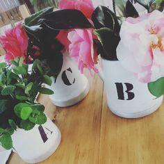A, B, C… Flores  Flower pots, wedding