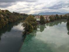 Mukava patikointireitti Geneven keskustan tuntumassa läheiselle Jonctionin alueelle, jossa l*Arve ja La Rhône-joki yhdistyvät.