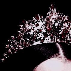 Crown Aesthetic, Queen Aesthetic, Princess Aesthetic, Book Aesthetic, Red Aesthetic, Character Aesthetic, Dark Queen, Red Queen, Dark Fantasy