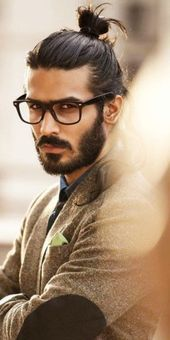 32 Cool Hipster Hairstyles for Guys 2017 - Men's Hairstyles 2019 Man Bun Hairstyles, Hipster Hairstyles, Boys Long Hairstyles, Trending Hairstyles, Cool Haircuts, Haircuts For Men, Hair And Beard Styles, Long Hair Styles, Facial Hair