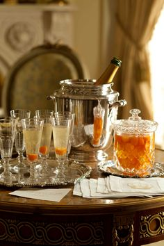 Bellinis Served Up, New Orleans, Ritz Carlton.
