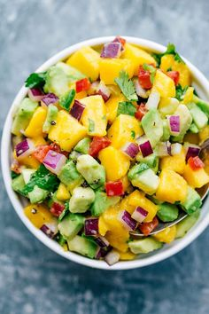 Looking how to make mango salsa? You've come to the right place! A delicious and easy mango salsa recipe that is sure to please! Mango Avocado Salsa, Mango Salsa Recipes, Mango Salad, Avocado Recipes, Avocado Toast, Salad Recipes, Avocado Juice, Red Mango Recipe, Tilapia With Mango Salsa Recipe