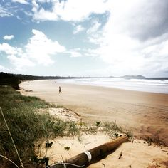 Miles of beach to run with my son #running #infant #instagood #iloveaustralia #pram #parents #australia #aussieholiday #australiagram #son #daddy #family #holidays #holidayhire #jogging #lovebyronbay #cots #cothire #babygifts #brokenhead #byronbabyshop @byronbabyshop