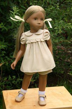 Vintage Sasha doll. So sweet.