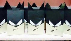 Mhaulikhiels creations party ideas (diy) Batman party loot bags