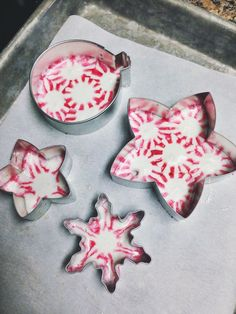 Peppermint candy Christmas ornaments and 10 other of the most creative Christmas decorations on Pinterest