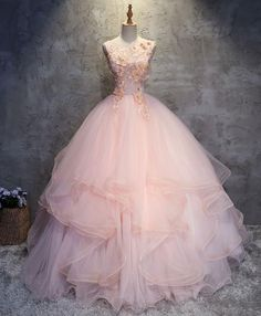Formal Prom Dresses, Pink tulle puffy O neck long prom gown with lace appliques Whether you prefer short prom dresses, long prom gowns, or high-low dresses for prom, find your ideal prom dress for 2020 Floral Prom Dresses, Prom Dresses 2017, Prom Party Dresses, Quinceanera Dresses, Pretty Dresses, Beautiful Dresses, Dresses Dresses, Dress Party, Bridesmaid Dresses