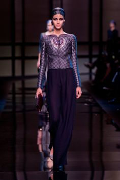 Giorgio-Armani-Privé-Haute-Couture-Spring-2014.jpg (1363×2048)