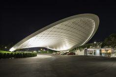 Galeria - Cobertura e Pavilhão de Serviço / Graft Architects - 6