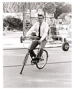 Bicycle Celebrities Famous People riding bicycles The 007