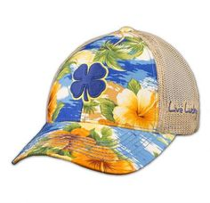 Every day is a vacation with the Island Luck 2 cap from Black Clover!