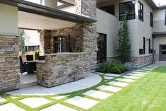 Contemporain - Innovations Paysagées Ladouceur   Drummondville Beton Design, Architecture, Innovation, Garage Doors, Patio, Outdoor Decor, Home Decor, Gardens, Asian Garden