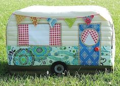 Looking for your next project? You're going to love VINTAGE CARAVAN SEWING MACHINE COVER  by designer RainbowHare.