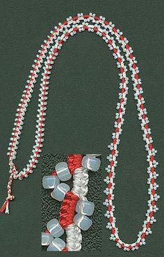 Pretty pearl tatting with beads. And there's a free pattern!