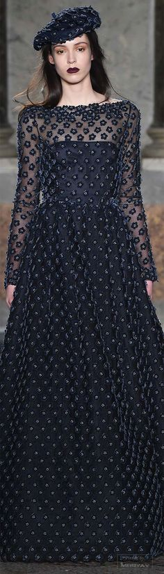 Luisa Beccaria Fall 2015 Ready-to-Wear Collection Couture Fashion, Runway Fashion, Fashion Show, Fashion Design, Women's Fashion, Luisa Beccaria, Glamour, Moda Fashion, Couture Dresses