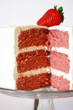 Strawberry Cake ~ looks incredibly dense and moist