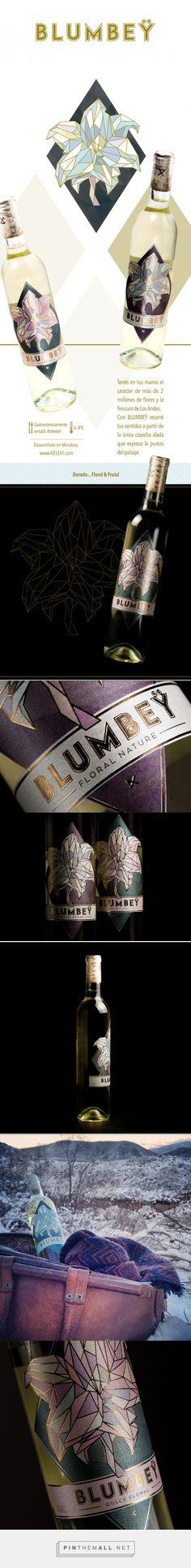 Blumbey Wine Packaging by Estudio Argo | Fivestar Branding Agency – Design and Branding Agency & Curated Inspiration Gallery #winepackaging #packagingdesign #packaging #designinspirations #fivestarbrandingagency