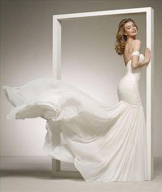 709ee1e8 DARLENE från Pronovias 😍 #promsandweddings #weddingdress #brides # brudekjole #brudklänning #copenhagen