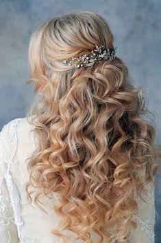 Photo soft wedding hair half up and waves Soft Wedding Hair, Wedding Hair Down, Wedding Hair And Makeup, Wedding Updo, Elegant Hairstyles, Formal Hairstyles, Down Hairstyles, Wedding Hairstyles, Hairdos