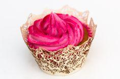 Strawberry milkshake cupcakes http://www.sundaybaking.co.uk/strawberry-milkshake-flavour-cupcake-recipe/