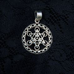 Metatron Cube Charm Pendant in 925 Sterling Silver with Cotton Necklace j6BdVkuh