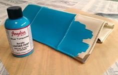 Using Angelus leather paint on a thrift store purse for a DIY repurpose upcycle makeover by Sadie Seasongoods / www.sadieseasongoods.com