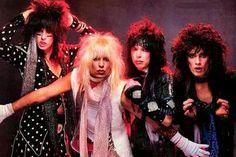 Keychain Mötley Crüe 80s Hair Band Rock 'Shout at the Devil' Bottle Opener