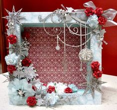 Ideas for travel diy decorations shadow box Christmas Shadow Boxes, Christmas Frames, Diy Christmas Cards, Handmade Christmas, Christmas Fun, Christmas Wreaths, Halloween Cards, Christmas Projects, Holiday Crafts