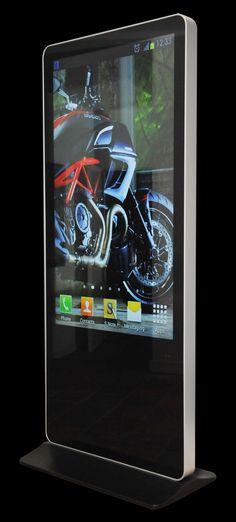 EasyKiosk 55 inch Totem presentatiezuil / informatiezuil met 55 inch full HD scherm, gehard glazen front en mediaplayer