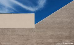 #arch #architecture #arquitetura #arq #construction #building #material #arquitectura #school #porto #Escola EB1/JI do Padrão, #Matosinhos | #Arquitecto Nuno Brandão #Costa » goo.gl/UpT9P #Tijolo Face à Vista Cinza #Douro (PT) goo.gl/vly0U #Klinker Brick Cinza Douro/#Grey Douro (EN) goo.gl/Hb68n #Ladrillo Caravista Cinza #Douro (ES) goo.gl/4fstR Klinker Face #Brique Cinza Douro (FR) goo.gl/Qlnp3