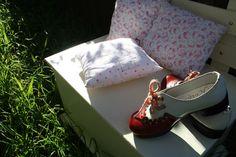 γιαουρτοπόταμος: vintage υφασμάτινες χειροποίητες μπομπονιέρες βάπτ... Gucci, Vintage, Shoes, Fashion, Moda, Zapatos, Shoes Outlet, Fashion Styles, Shoe